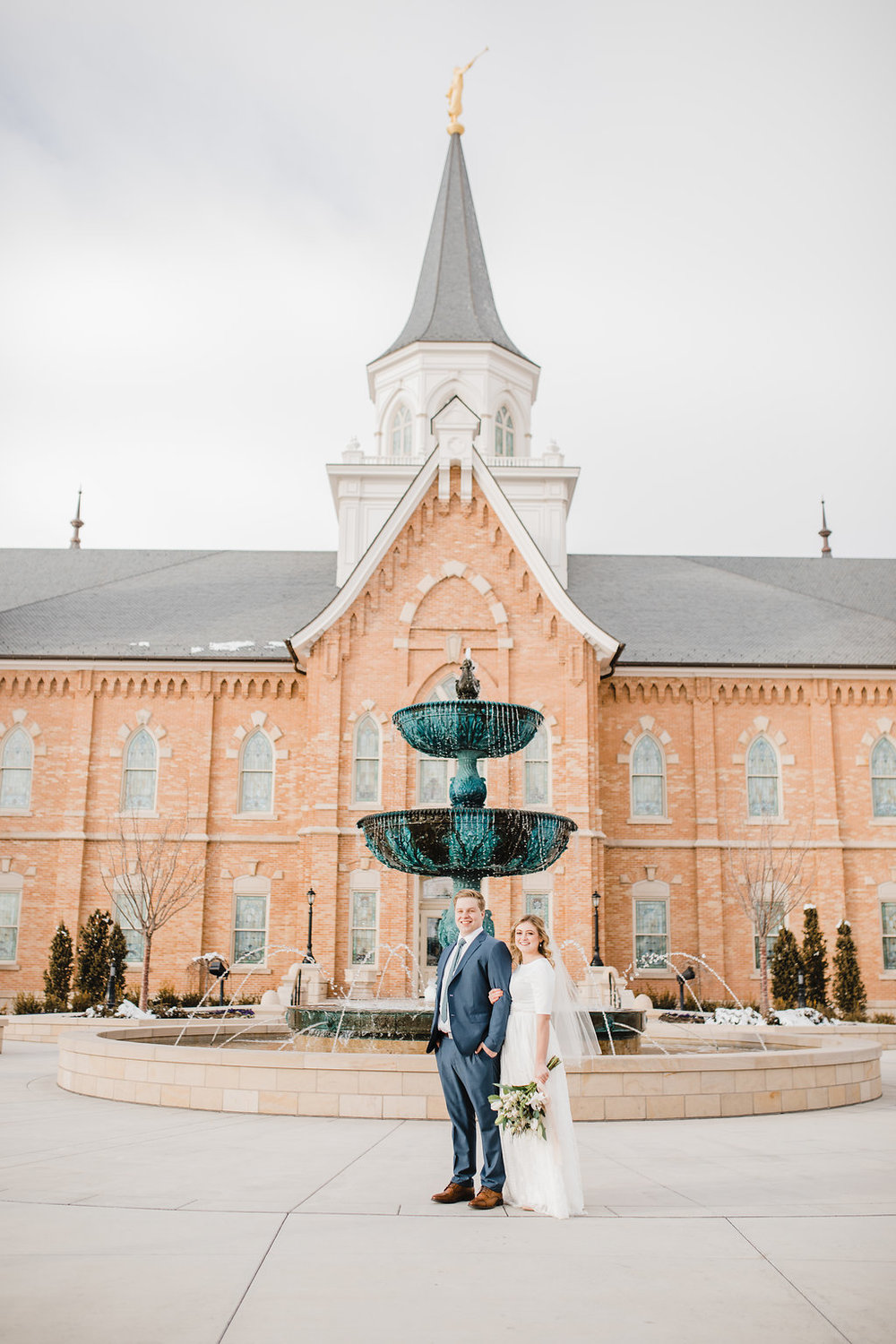 bright and creamy edits wedding photographer provo lds temple