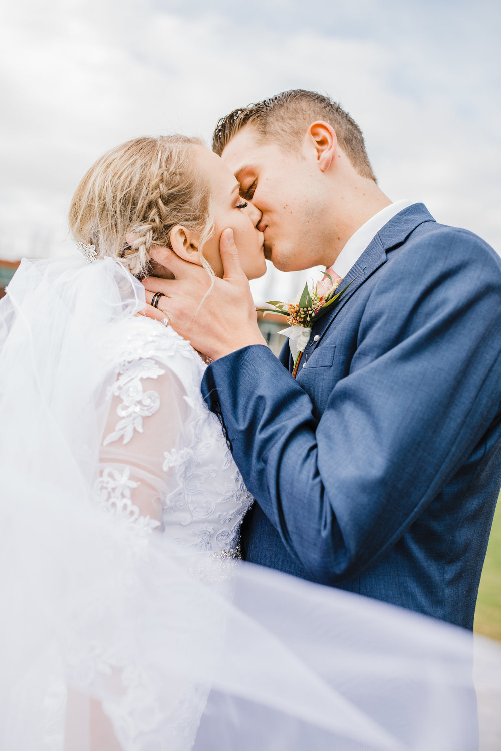 Logan Utah Wedding Photographer wear a bridal veil for your formal photography session