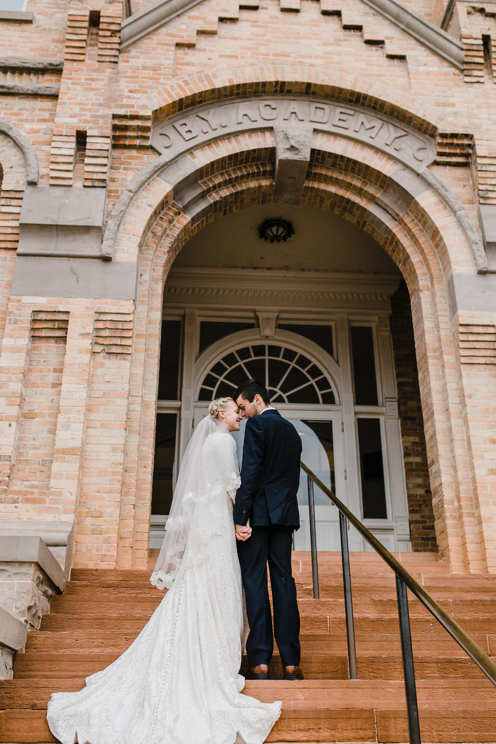 Provo Utah Wedding Photographer Use a Wedding Veil to Enhance Your Wedding Photography