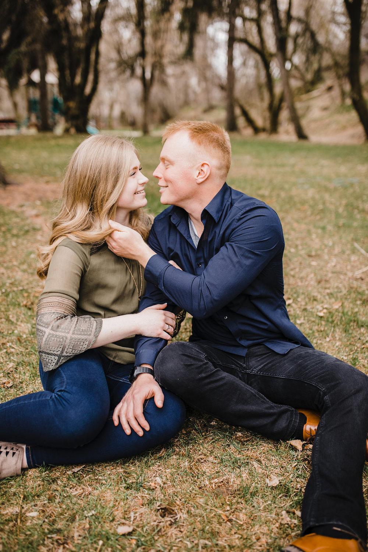 couples photography cache valley utah romantic engagement photographer calli richards