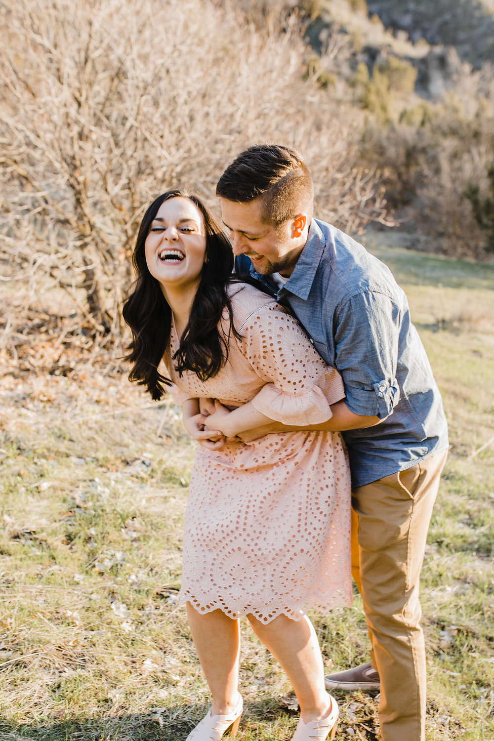 adorable engagement pictures young couple in love having fun relaxed natural engagement photography green canyon