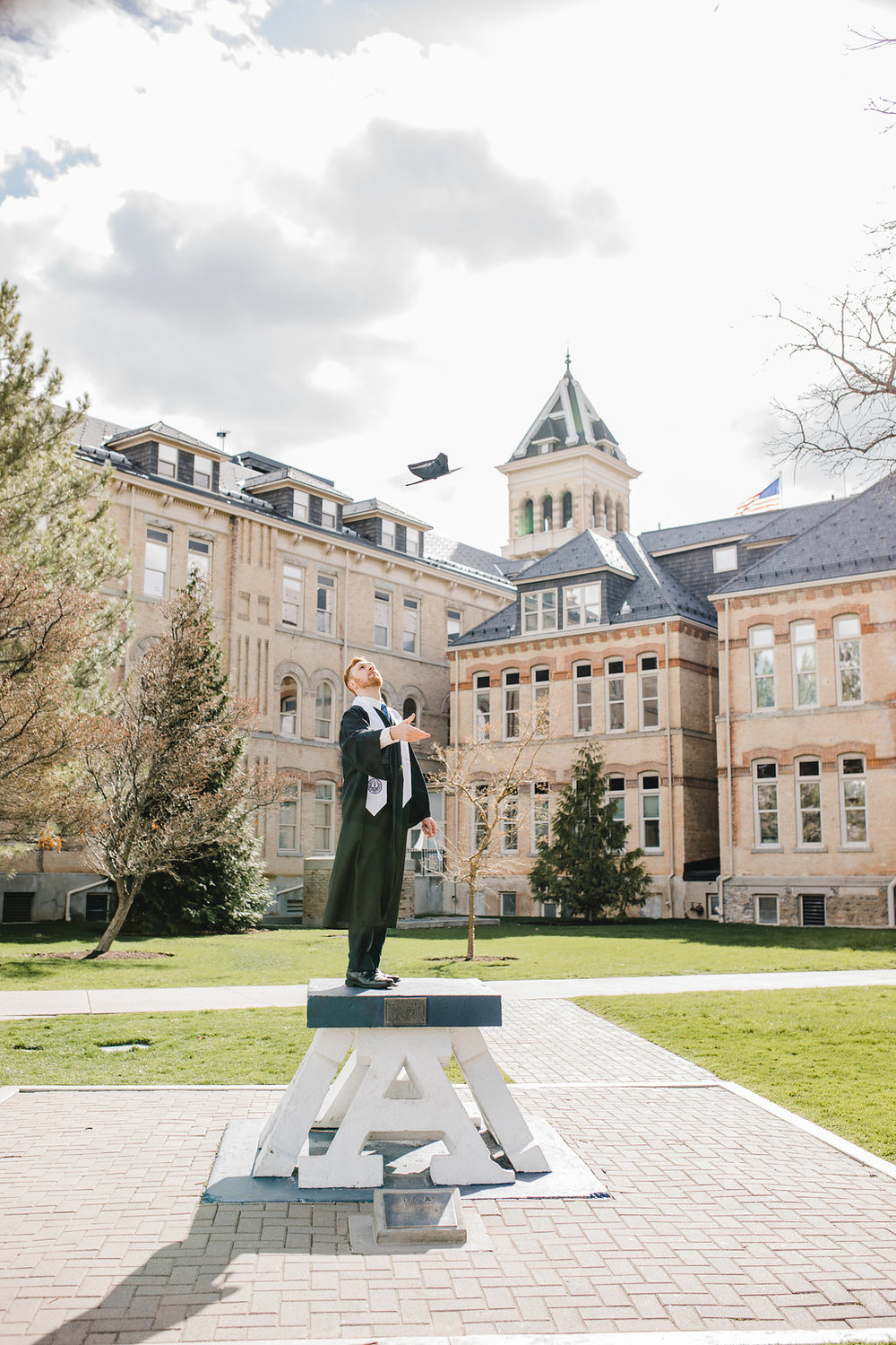 utah state university graduation photos logan utah old main hill calli richards photographer