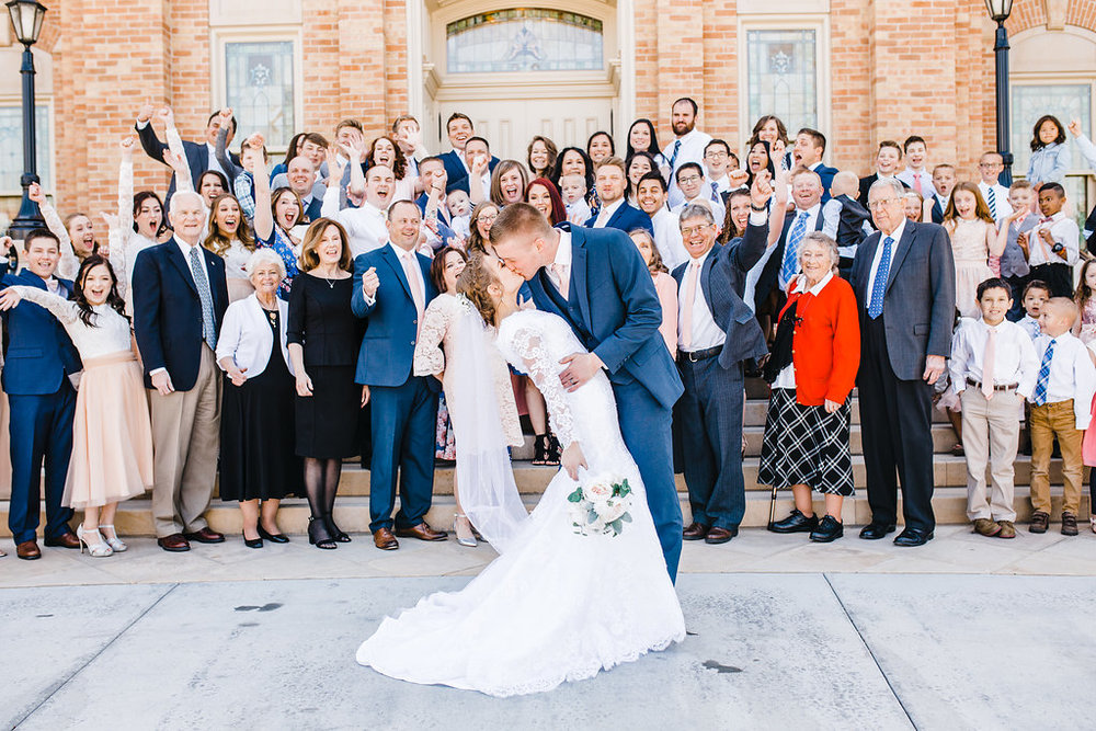 large family wedding photos professional photographer logan utah