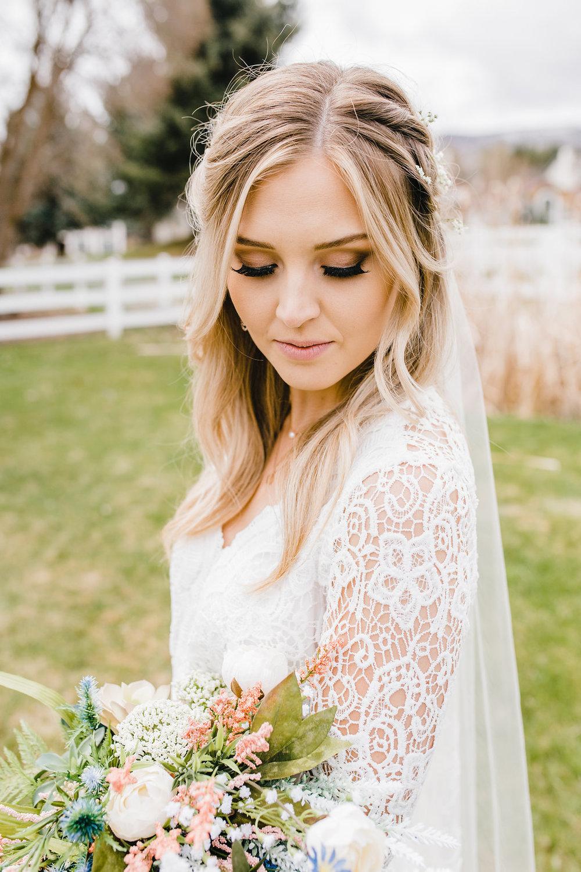 park city wedding photographer bride shot bridals calli richards lace wedding dress with veil and bouquet
