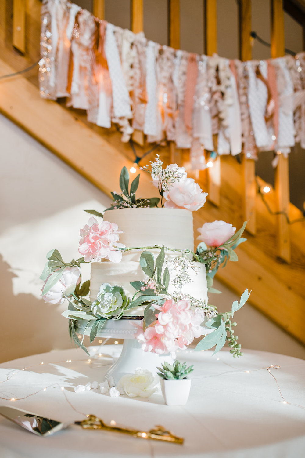 reception decorations wedding day photography details shot at the reception florals photographer northern utah