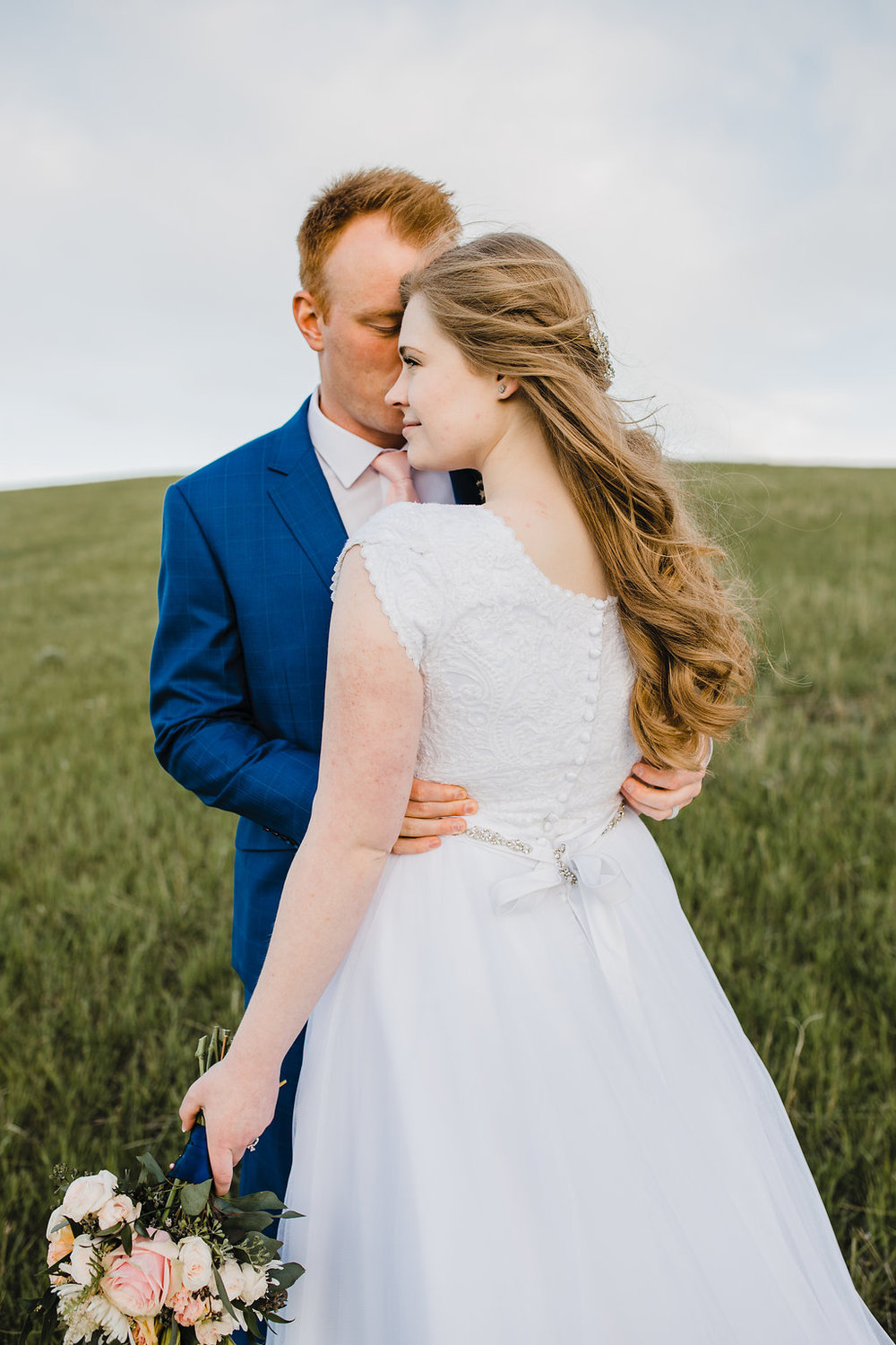 romantic couple relaxed formals photography shoot logan utah wedding photographer calli richards so in love