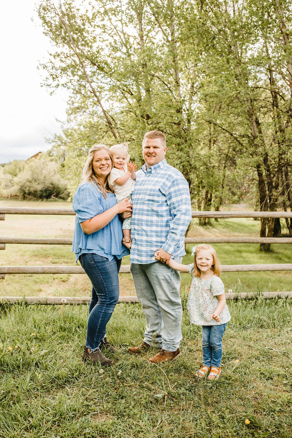 best family photographer for families with young children in cache valley utah