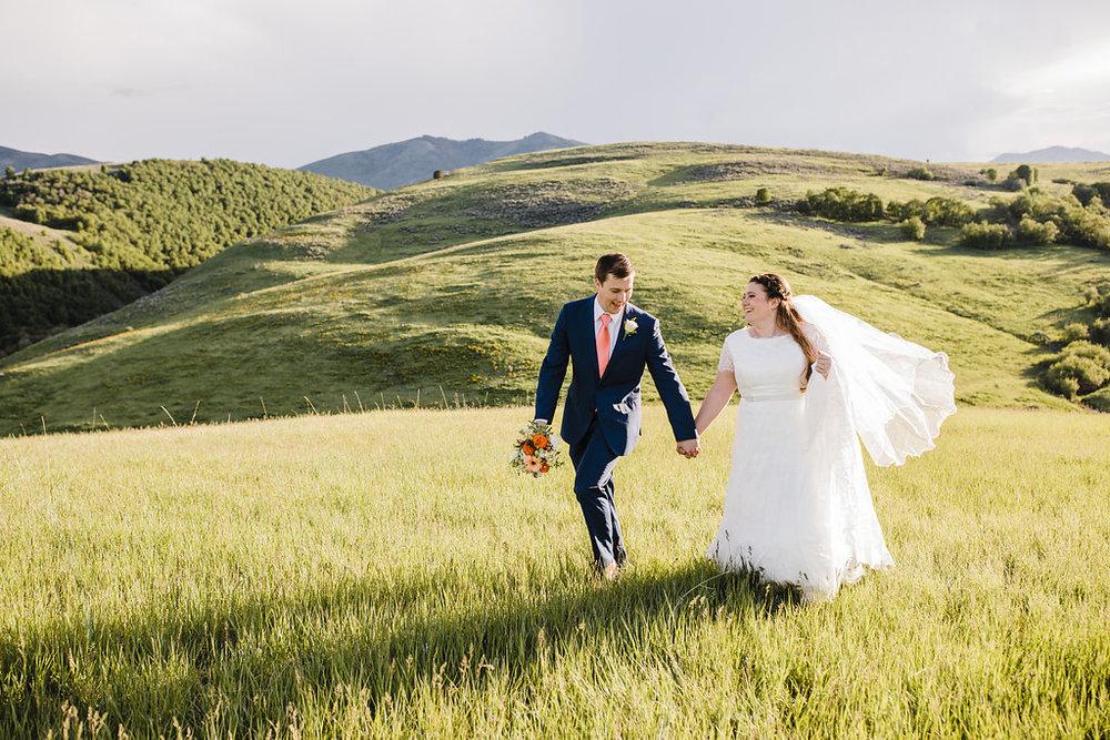 romantic adventurous mountain wedding photography best logan utah wedding photographer