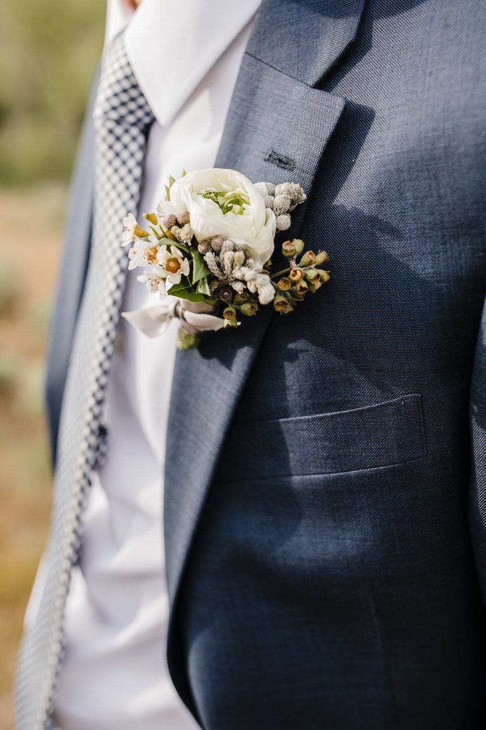 photographer in logan utah who can capture the small details of your wedding day