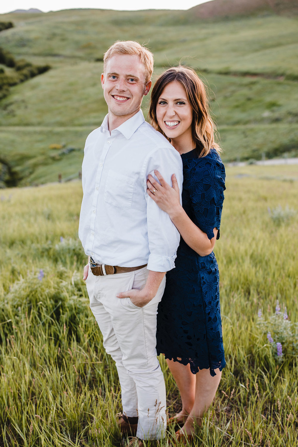 utah engagement photography calli richards formal engagement photos grassy fields
