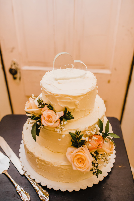 Brigham City Professional Wedding Photographer wedding cake vintage romantic
