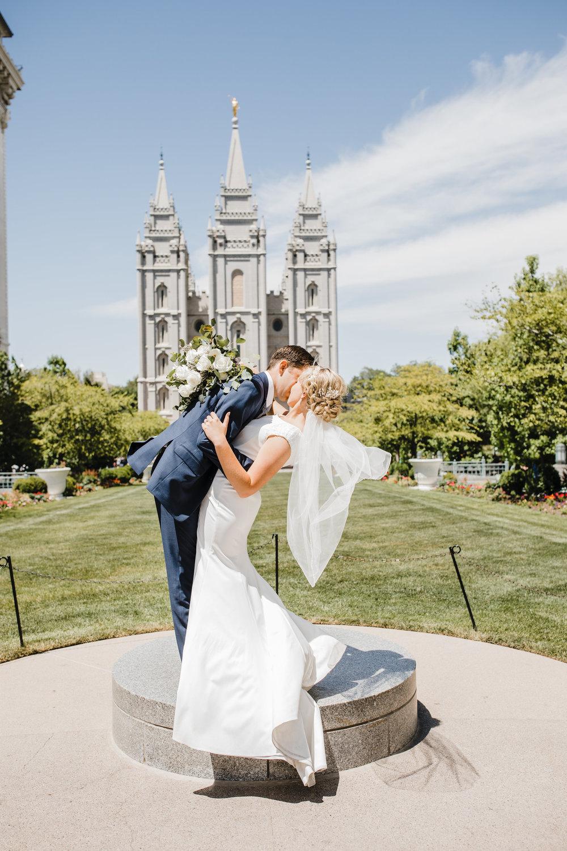 salt lake city wedding photographer dip temple pedestool