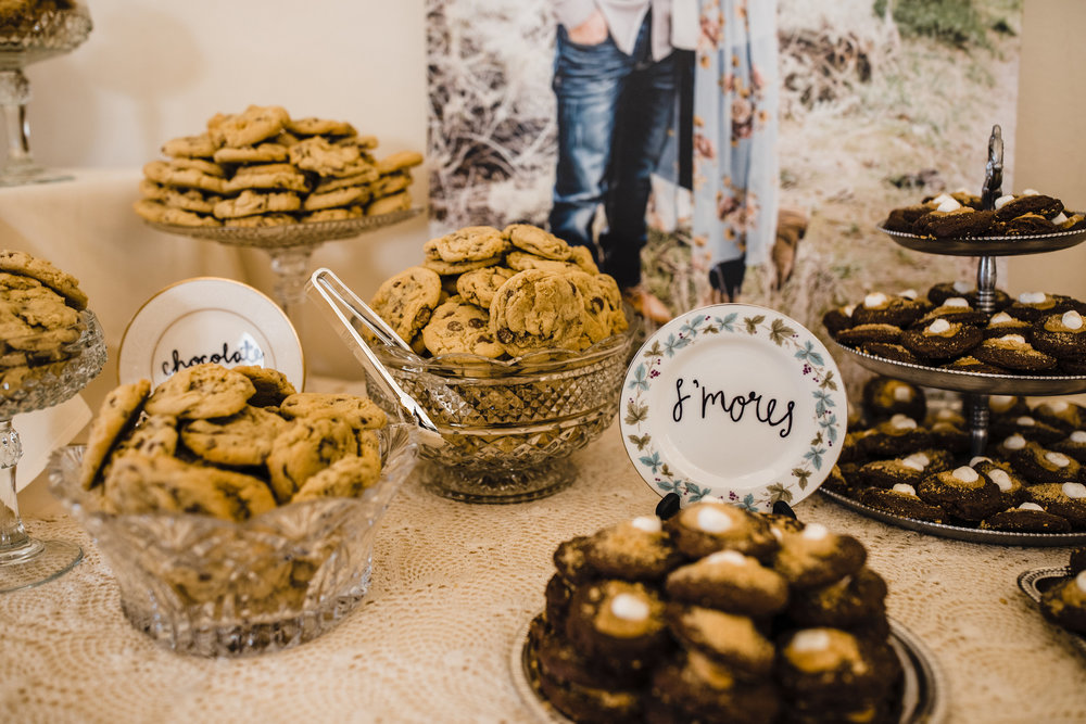 brigham city utah wedding photographer dessert table treats chocolate smores