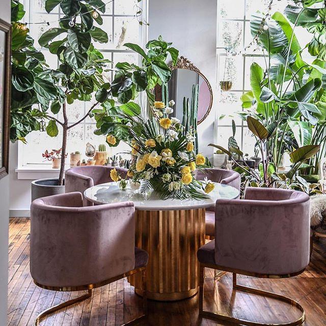 Hello Spring. @hiltoncarter #inspired #homedesign #luxurylifestyle #instadaily