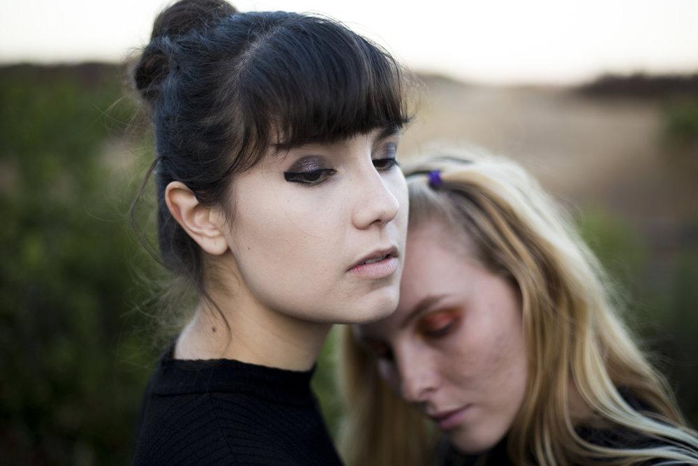 ELIANA & TESS