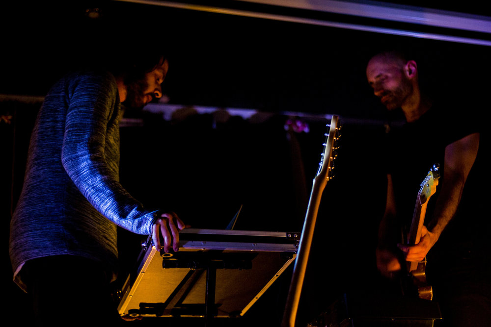 VLMV @ Fox & Newt, 23/3/18 - Upstairs at the Fox & Newt pub, tucked away in a hidden stage, there brewed dreamy songs from a trio of acts, headlined by the duo VLMV (Uhl-muh) celebrating their newest album Stranded, Not Lost.