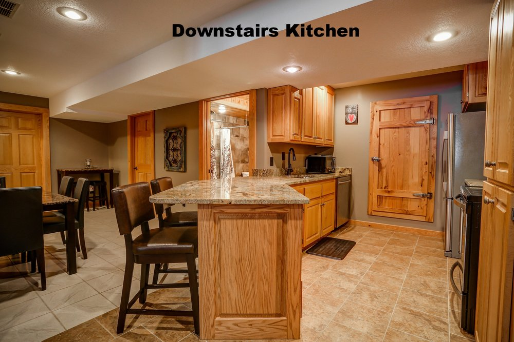 Downstairs-kitchen.jpg