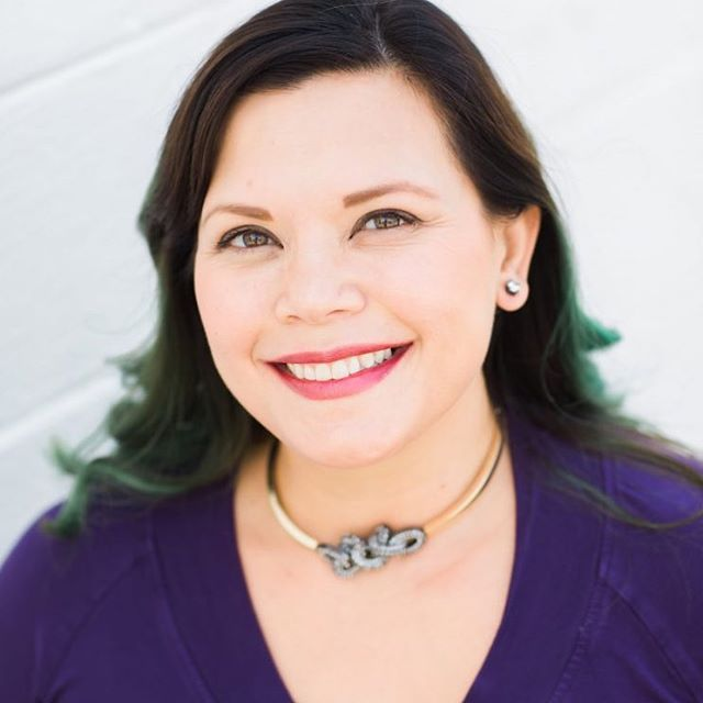 Meet Marianne. She is the newest addition to the Embarque team of holistic professionals! She is a licensed acupuncturist and beauty consultant and specializes in custom facials using @eminenceorganics and acupuncture {or microcurrent if you prefer no needles}. • If you're looking for a tour guide for your total wellness, health and beauty, she's your gall! Book an acupuncture treatment or customized facial and acupuncture or microcurrent with @mtalkspa today! Link in bio.  #317yogis #acupuncture #cosmeticacupuncture #naturalskincare #meridiankessler #sobro #indianapolis #broadripple