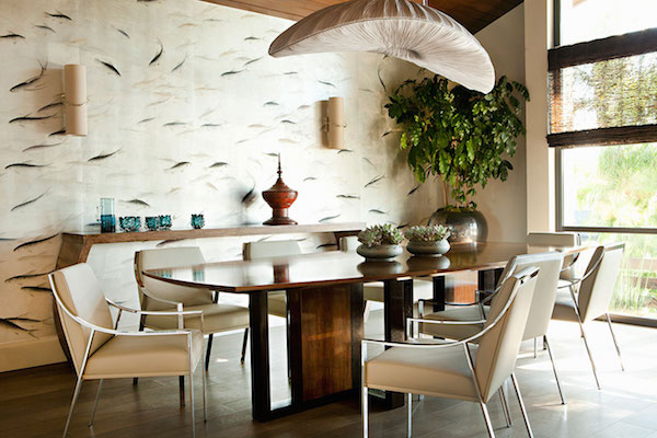 Fishes in Blue Pearl design colours on real silver gilded paper, de Gournay – price available on request. Photo: Karyn R Millet