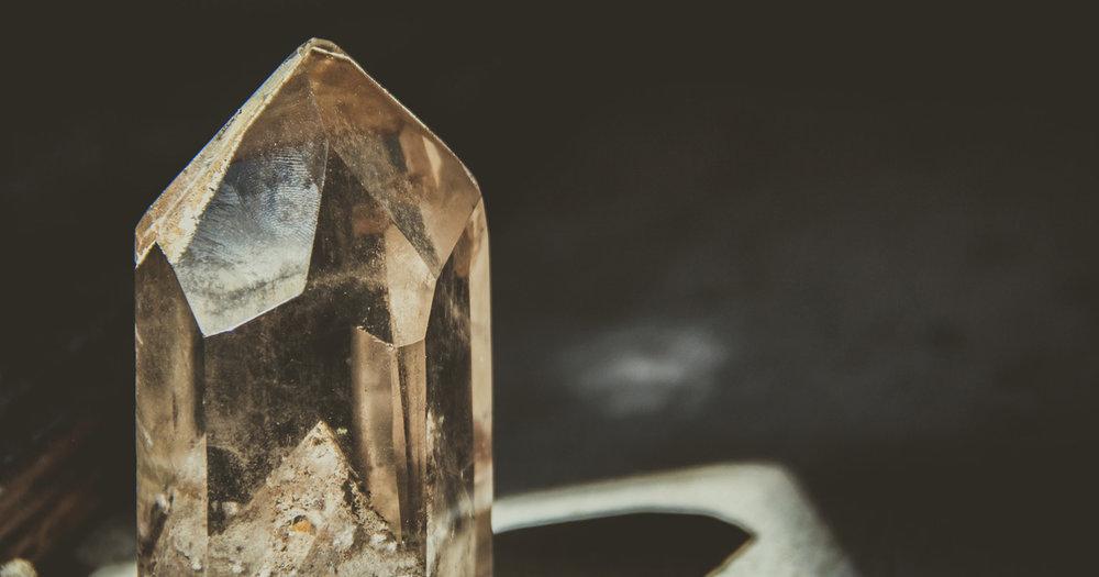 Les bijoux Oracle sont inspirés par les bienfaits des pierres & la spiritualité