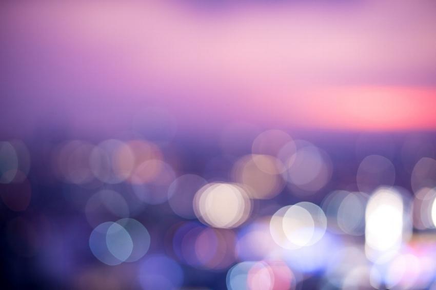 blur-3224650_1280.jpg
