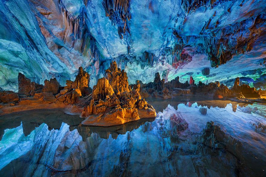 amazing-caves-15-1.jpg