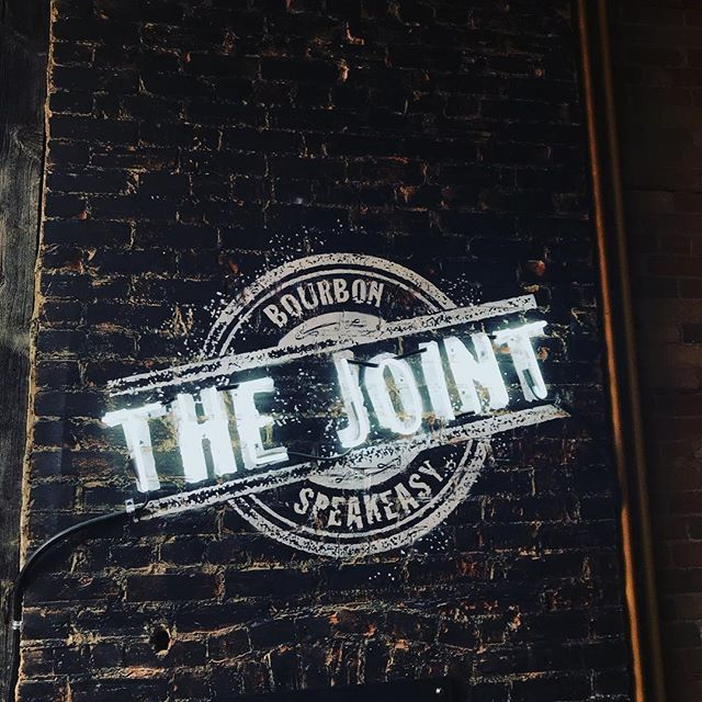 Gearing up for #startupdrinksto tonight at The Joint at #hogtownsmoke!