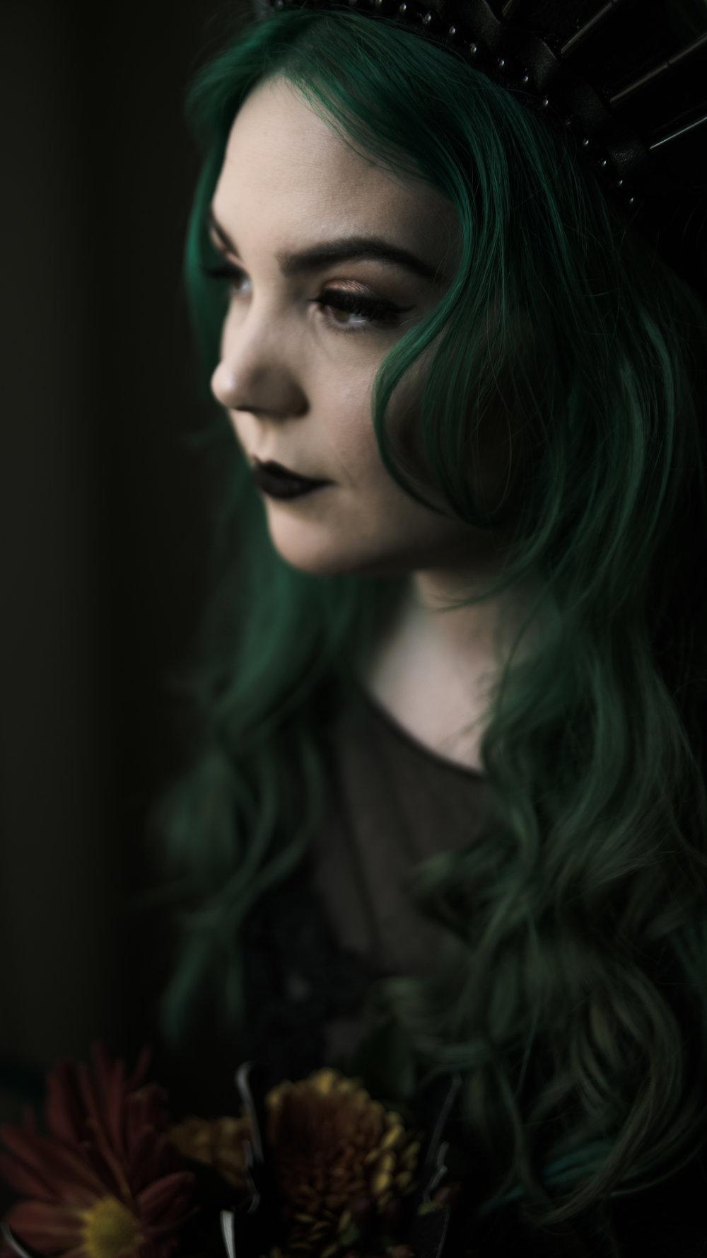 Britney Window 1 (16x9) - Dark Doll Style_.jpg