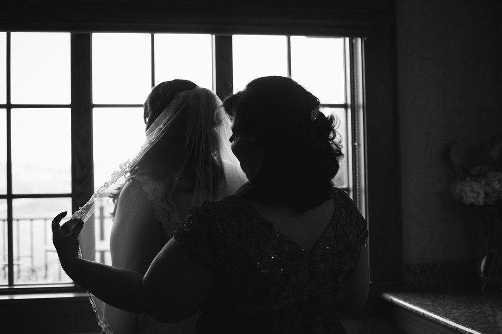 Kiesler_Wedding_CarrStudios_BW-32.jpg