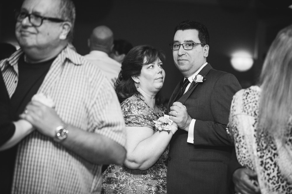 Kiesler_Wedding_CarrStudios_BW-458.jpg