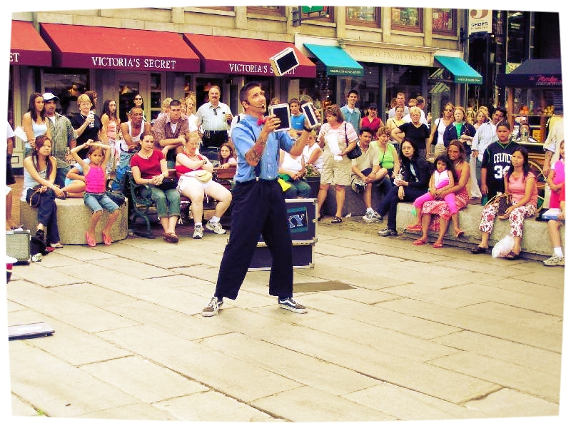 street-juggler.jpg