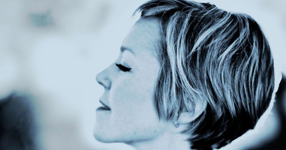 Emily-Barker-Sweet-Kind-of-Blue.jpg
