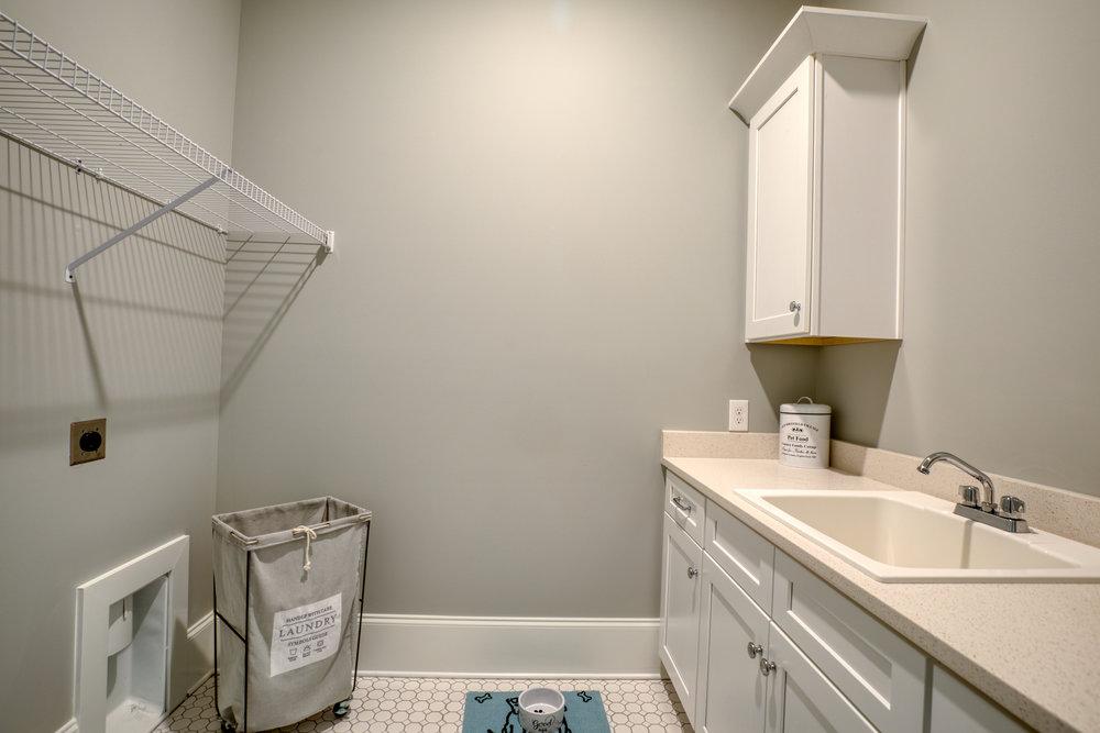 Enclave Unit 13_029_Laundry.jpg