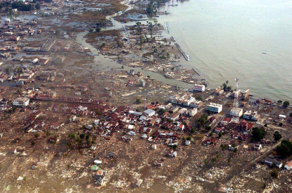 2004-indian-ocean-tsunami.jpg
