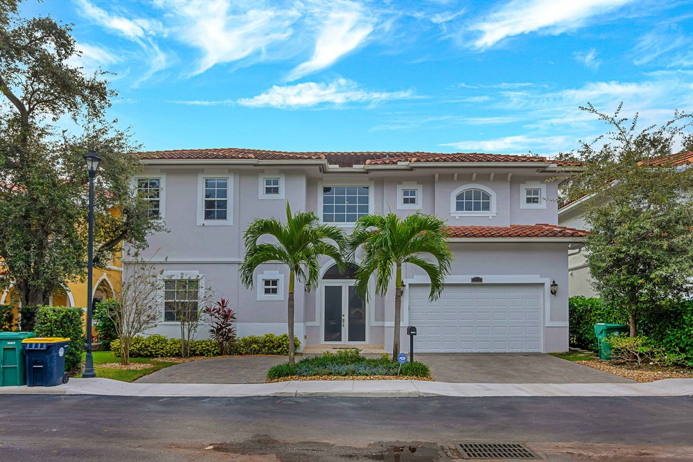 Fort Lauderdale - 3553 Forest View Circle $899,000