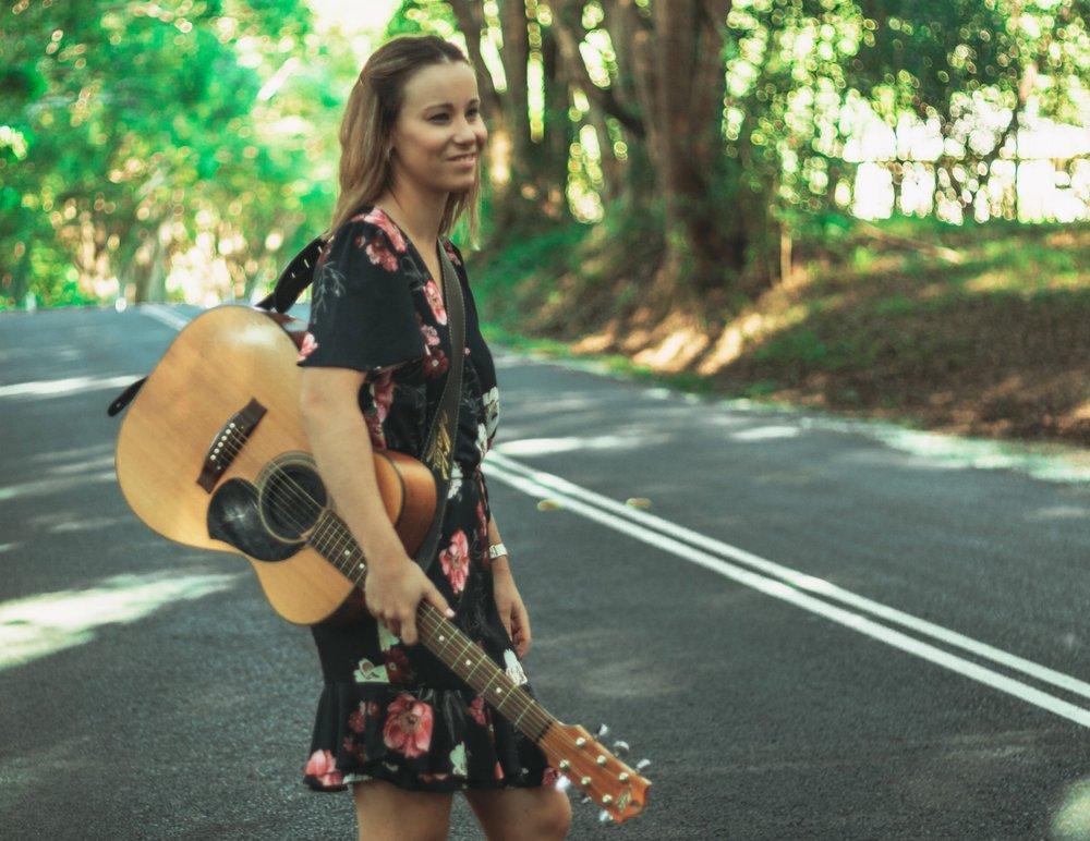 Brittany-Elise Gladstone musician