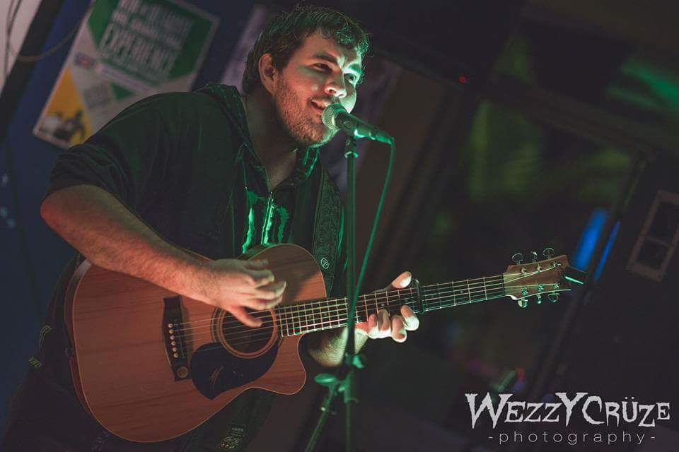 Josh Harris in action, by  Wezzy Crüze Photography .