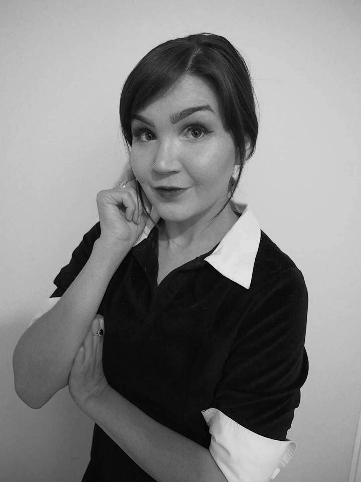 Bee Neilsen - Author