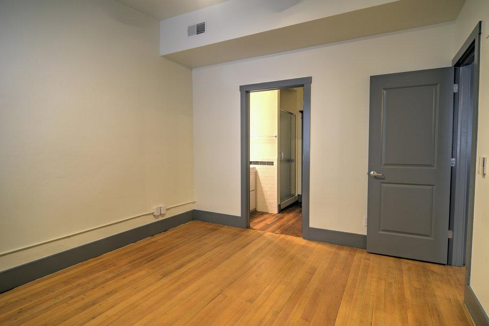 Apartments - Newark Bedroom 3.jpg