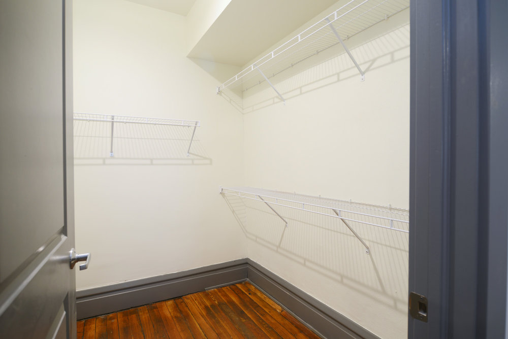 Apartments - Newark Closet.jpg