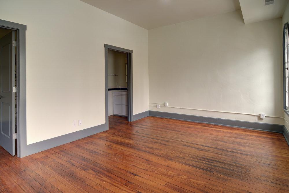 Apartments - Newark Bedroom 1.jpg