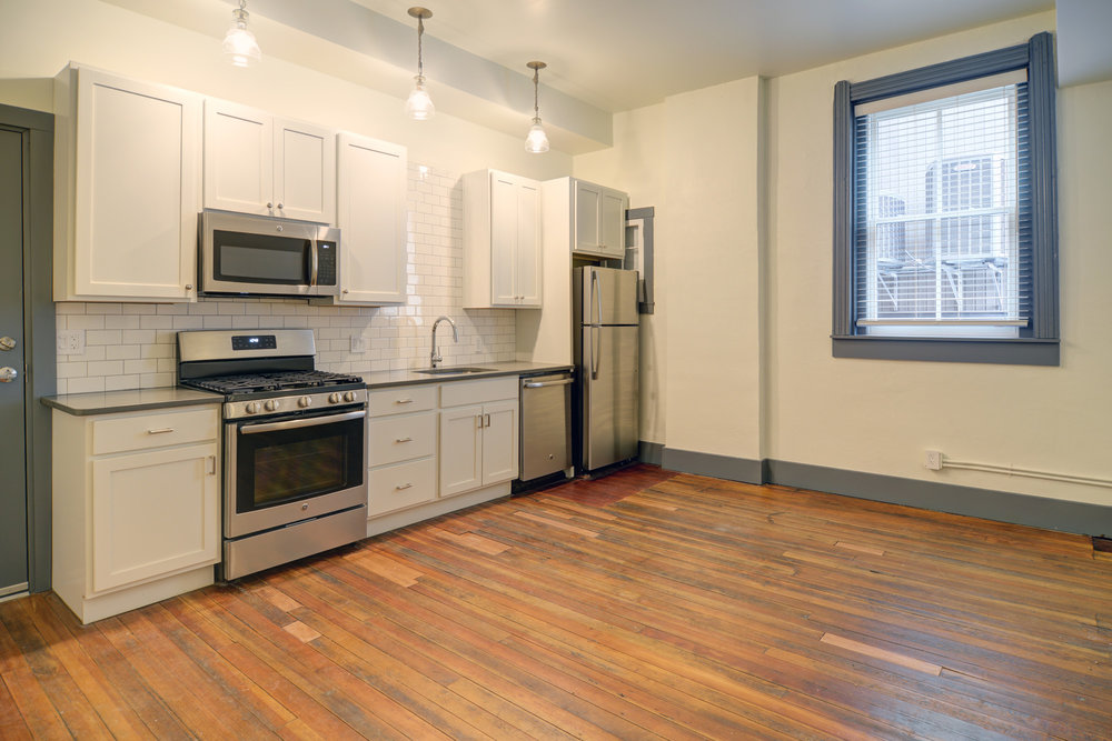 Apartments - Newark Kitchen 3.jpg