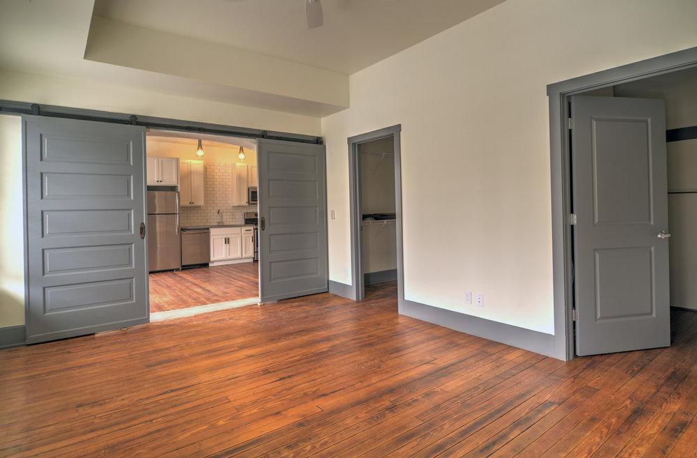 Apartments - Newark Living Room 2.jpg