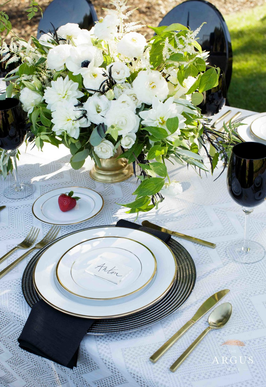 lake_sherwood_classic_inspired_wedding-15.jpg