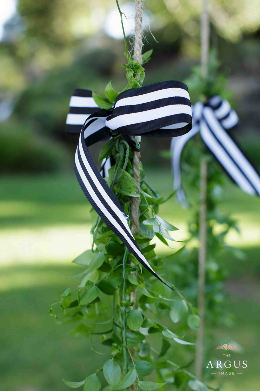 lake_sherwood_classic_inspired_wedding-25.jpg