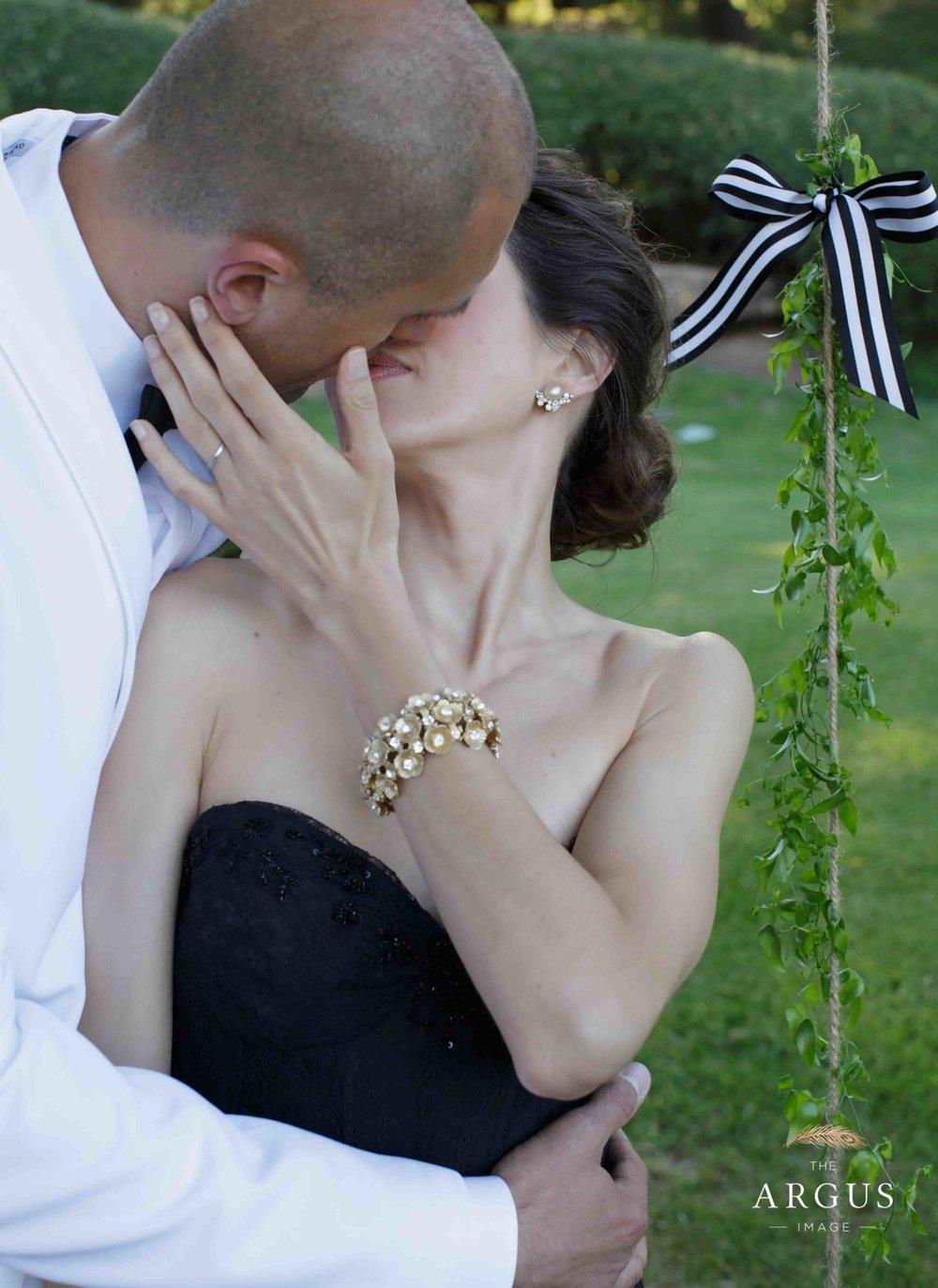 lake_sherwood_classic_inspired_wedding-27.jpg