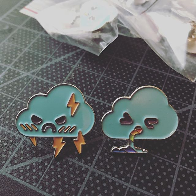 The pins finally came, more quality shots to follow. #graphics #character #pindesign #pins #cloud #cloudfarmers #cloudface