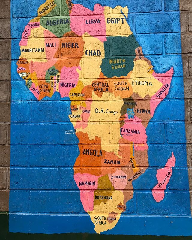 We found this  #Africa wallpainting on the schoolyard of Saint Mathias primary and secondary school in Nyamirama where some of our students are enrolled #Womenandgirlsinitiative #Empowergirls #Rwanda