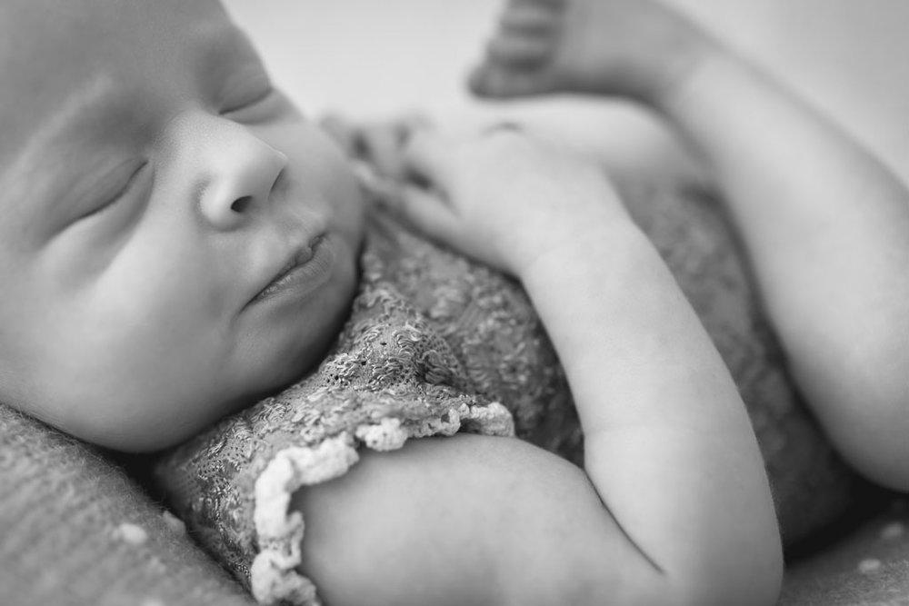 San Diego Infant Photographer Studio Freyja Newborns6.jpg