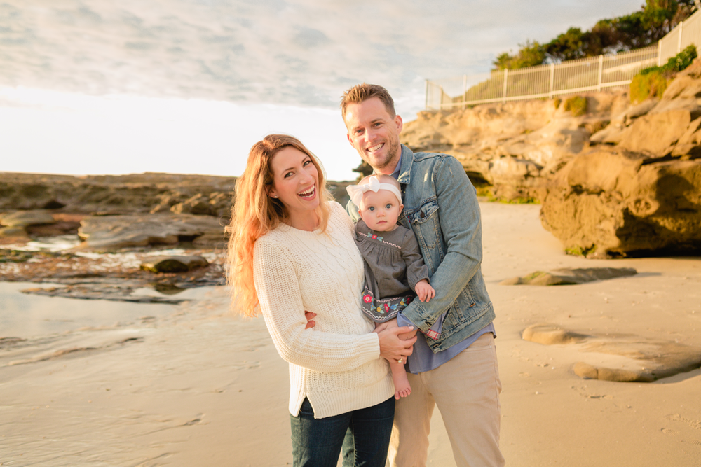 Sunset Family Pictures by Local Baby Photographer in San Diego, CA